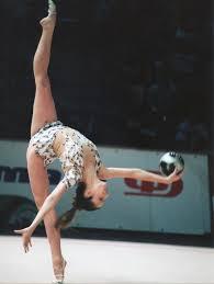La magnífica Almudena Cid en el Campeonato Europeo de Gimnasia Rítmica 2003, en Riesa. Crédito: Karol Otero