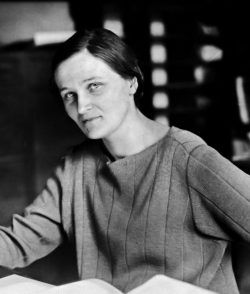 Cecilia Payne en Harvard. Crédito: Smithsonian Institution