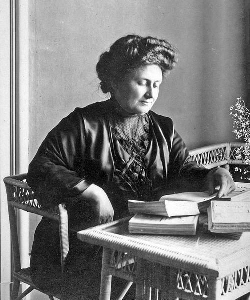 María Montessori en el año 1913