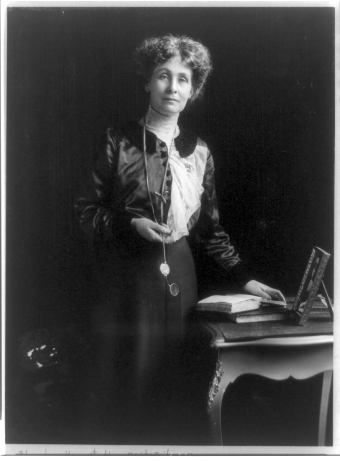 Retrato de Emmeline Pankhurst en el año 1913. Crédito: Wikipedia, Matzene