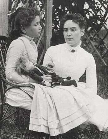 Helen Keller y Anne Sullivan, en 1888. Crédito: Eugenia Tefarikis