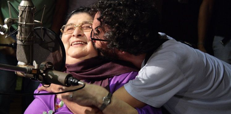 Fito Páez con Mercedes Sosa el 12 de marzo de 2009. Crédito: Sergio 252