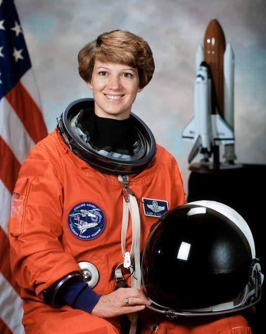 Eileen Collins, una de las 300 mujeres que cambiaron el mundo. Crédito: Wikipedia