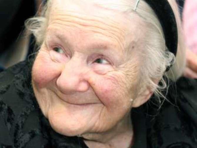 Hermosa y bella Irena Sendlerowa cuando ya era una amorosa anciana. Crédito: web lavozdelmuro.net