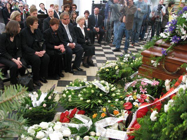 Emotivo funeral de Irena Sendlerowa el 15 de mayo de 2008. Crédito: Wikimedia. Mariusz Kubik.