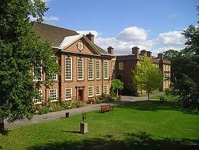 La Universidad de Somerville fundada en 1879, tuvo entre sus alumnas a Margaret Thatcher y a Indira Gandhi. Crédito: Wikipedia