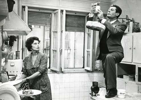 """Sofía Loren en la película """"Una jornada particular"""". Crédito: web sensacine.com"""