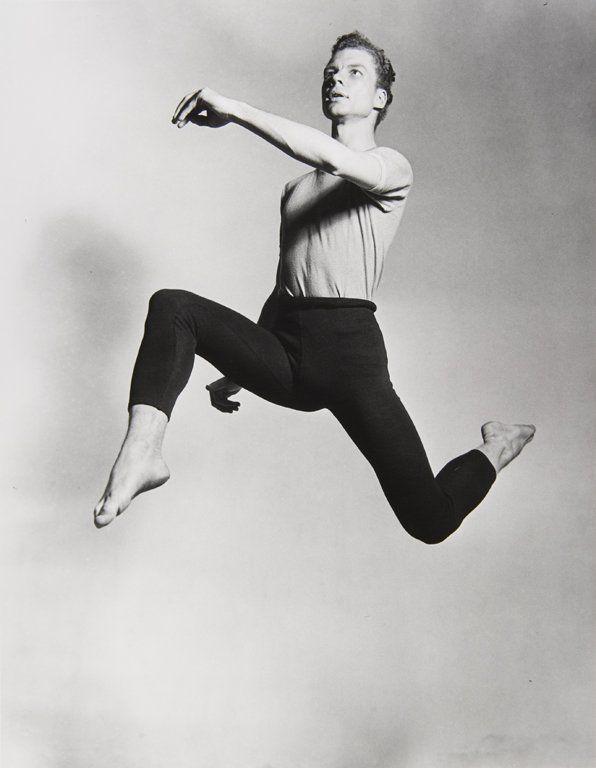 Merce Cunningham fue uno de los coreógrafos y bailarines más importantes de su tiempo. Crédito: web proyectoidis.com