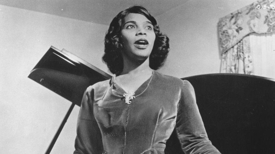 Gracias a la intervención de Eleanor Roosevelt, Marian Anderson pudo dar su recital. Crédito: web missedinhistory.com