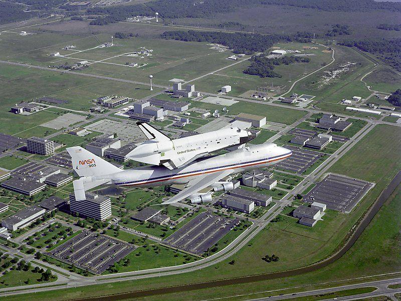 El Centro Espacial Johnson es la instalación de la NASA para actividades tripuladas espaciales. Crédito: web travel.sygic.com