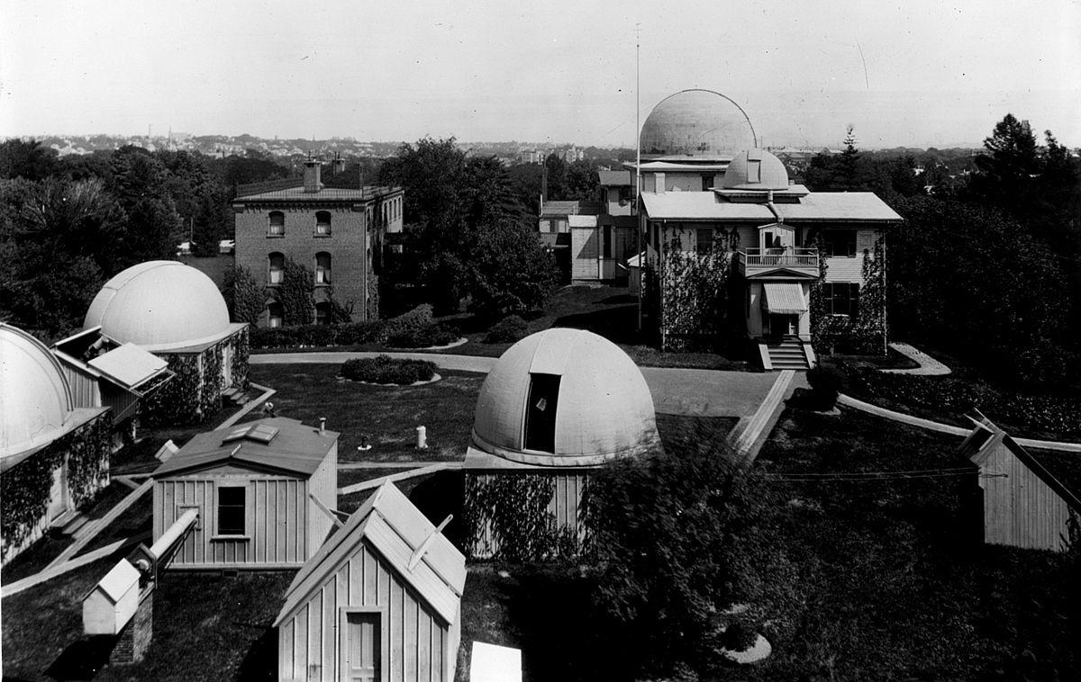 Observatorio del Harvard College, en Cambridge, Massachussetts. Crédito: Wikipedia.