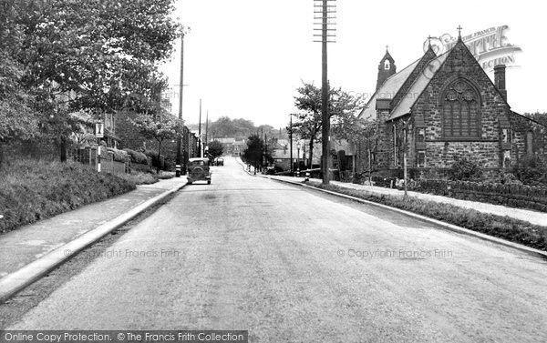 Calle principal de Grenoside en 1955. Crédito: web francisfrith.com