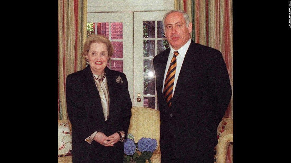 La secretaria de estado Albright con Benjamín Netanyahu, en Washington, febrero 1997. Crédito: web edition.cnn.com