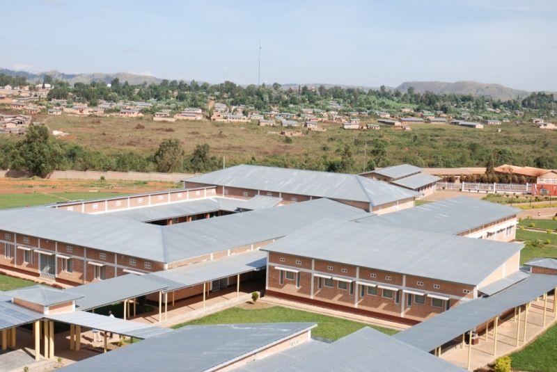 Inaugurado en 2007, el hospital REMA atiende a madres y a sus hijos. Crédito: web friendsofhumanity.ch