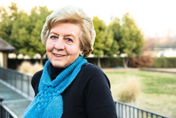 Marlene Ahrens es toda una dama, elegante, vital y bondadosa. Crédito: Rodrigo López Porcile. Web caras.cl