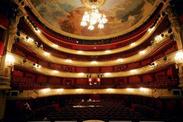 La Comédie-Française fundada en 1686 es la institución teatral más antigua del mundo. Crédito: web franceinter.fr