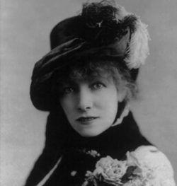 Sarah Bernhardt irradiaba gozo. Llamaba poderosamente la atención por su figura esbelta y su cara agraciada. Crédito: web cliffhouseproject.com