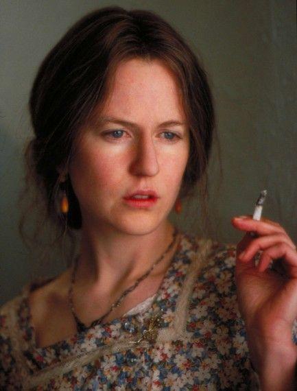 Nicole Kidman como la escritora Virginia Woolf, en la película Las Horas. Crédito: web alo.com