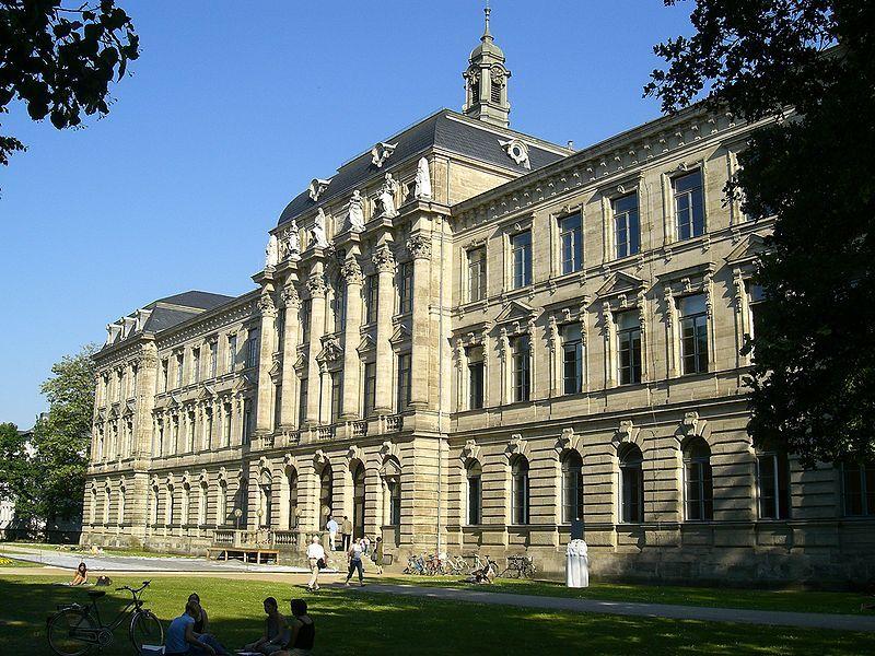 Emmy Noether estudió en Erlangen