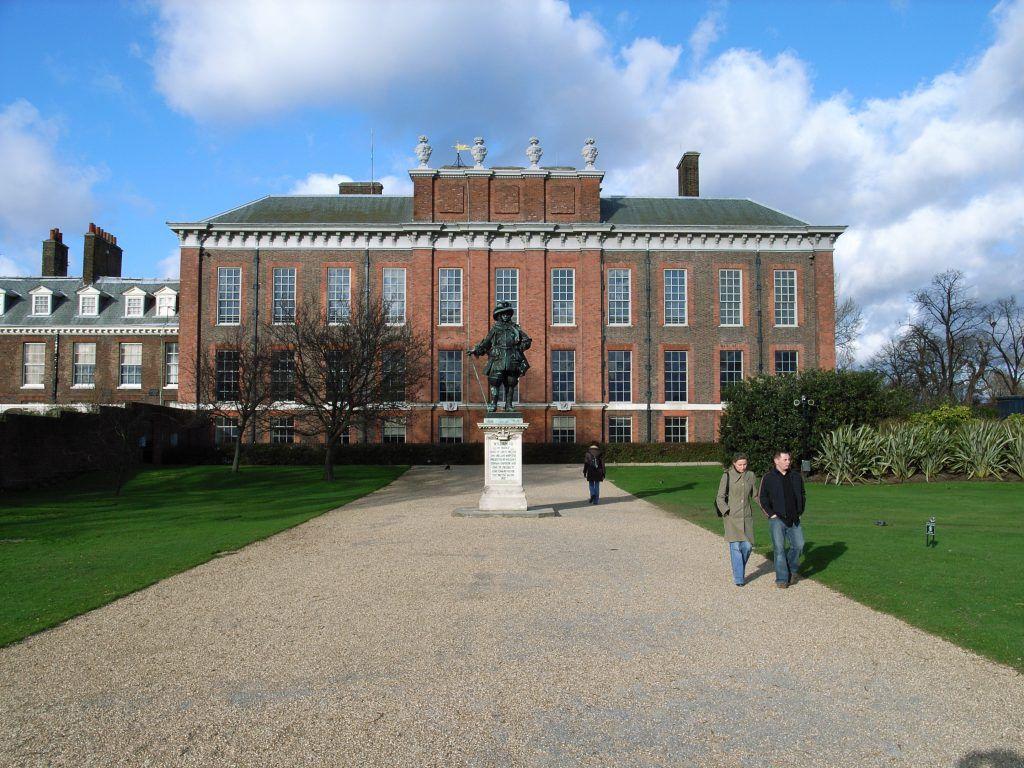 Palacio Kensington Victoria