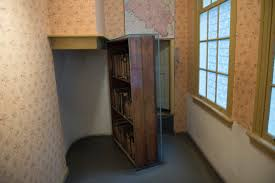 Anna Frank hidden