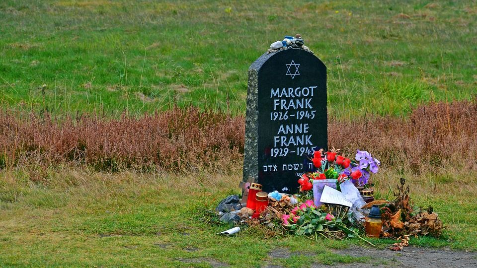 Tombstone Anne Frank